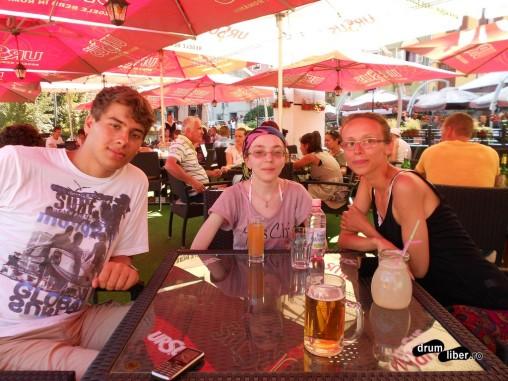 Autostopiști în Sighișoara - după lichiu, o bere