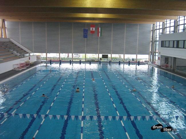 Bazin olimpic de înot