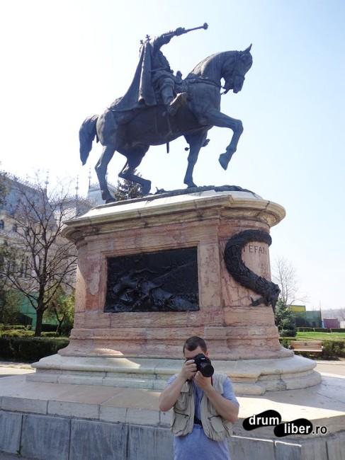 Statuia lui Ștefan cel Mare? Sau nu?