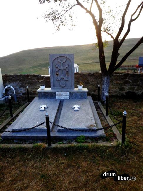 Morminte la Hagigadar