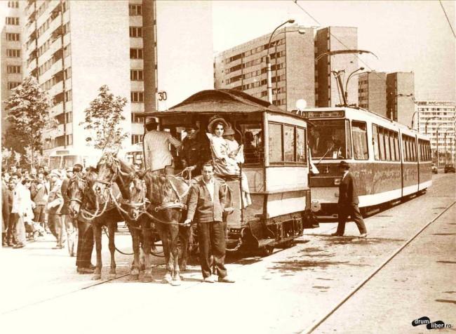 Inaugurarea liniei 30 - Tramvai cu cai și V3A, 4 mai 1971