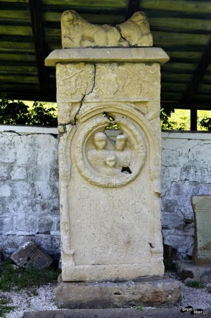 Piatră funerară