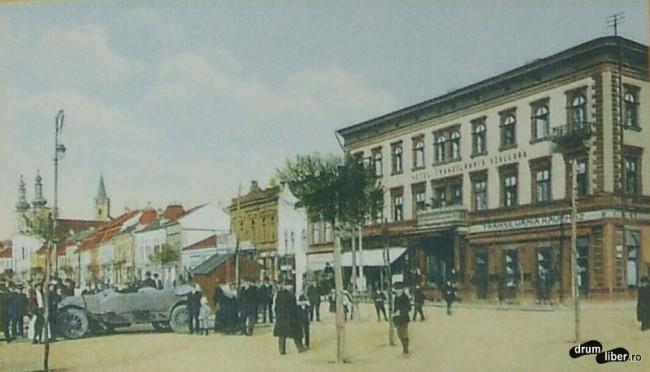 Automobil in fata la Hotel cafenea Transilvania - foto 1930