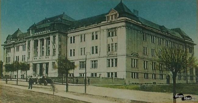 Colegiul Al Papiu Ilarian ridicat 1914 - foto 1923