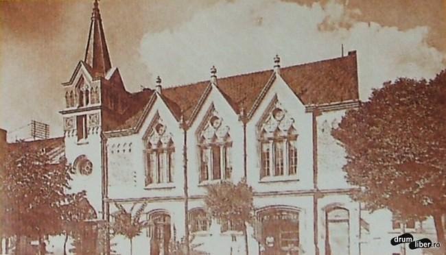 Comunitatea unitariana a avut biserica si scoala din sec 16 - foto 1933