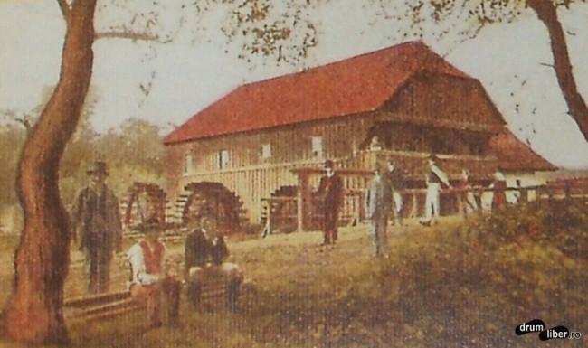Plimbari pe malul Muresului - foto 1910