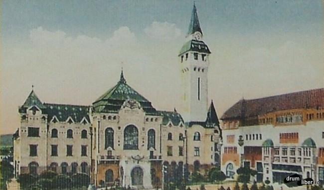 Prefectura si turnul cu ceasornic de 60 metri 202 trepte - foto 1914