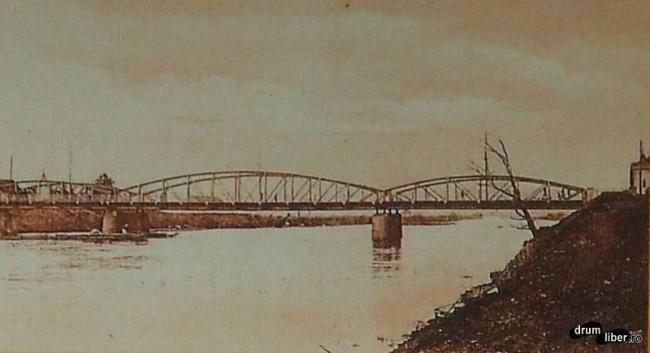 Primul pod modern din oras pe Mures terminat 1911 - foto 1929