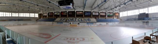 Panoramică la patinoarul din Miercurea Ciuc