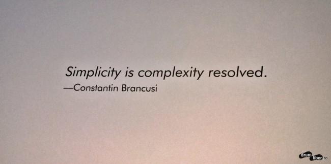 Simplitatea este complexitatea rezolvată (Galeriile Paul Kasmin).