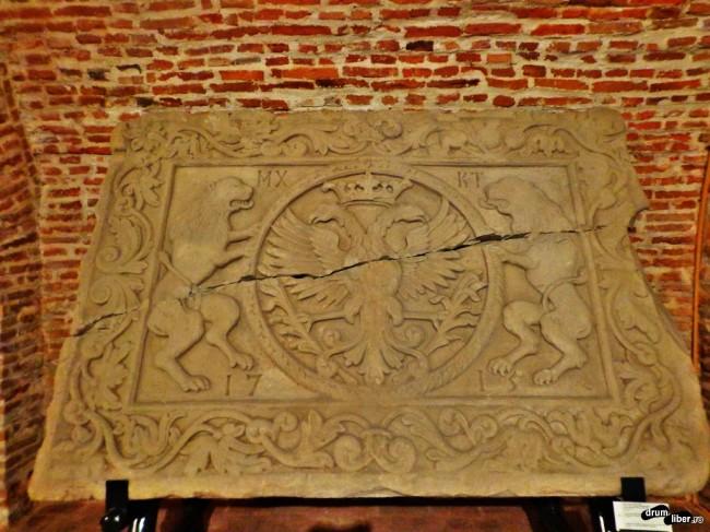 Stema Cantacuzinilor din Turnul Colței este la Muzeul Colecțiilor de Artă