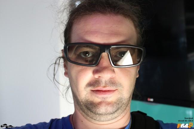 Ochelarii pentru proiectoarele 3D