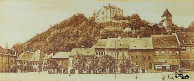 Orașul de Jos la 1921. Se vede cetatea.