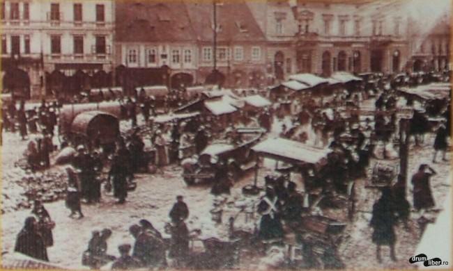 Negustori pe strada principală din Orașul de Jos, 1923