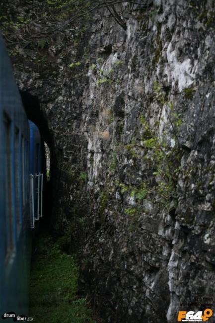 Cât de strâmt e tunelul