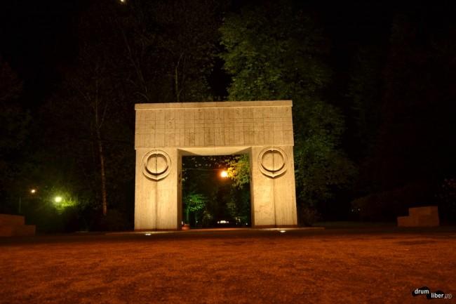 Poarta sărutului