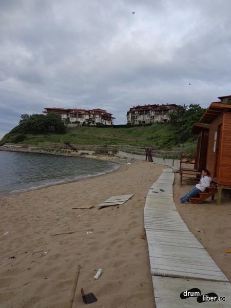 Amenajarea plajei.. lipsă