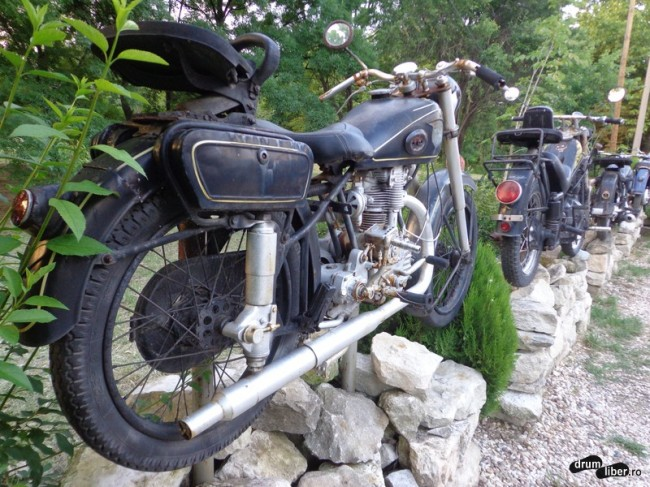 Expoziție de motociclete vechi la Varna