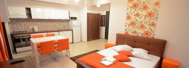 Bucătărie cu aragaz - Cazare în regim hotelier în București