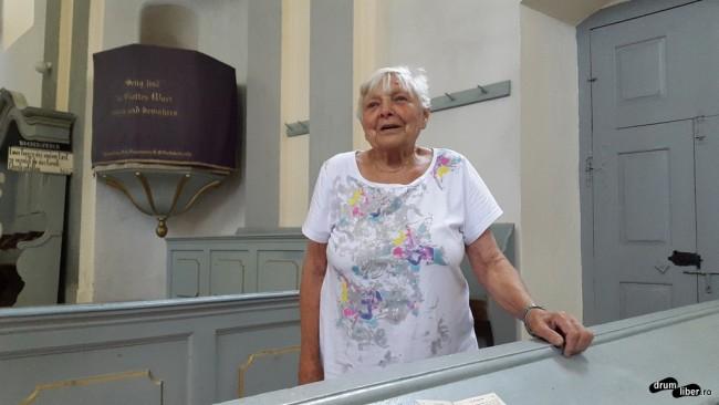 Doamna Folberth în Biserica Fortificată din Criț