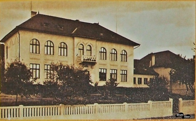 Fostul gimnaziu romano-catolic, anul 1937