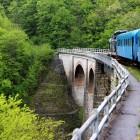 Viaductul Jitin și placa turnată la fața locului