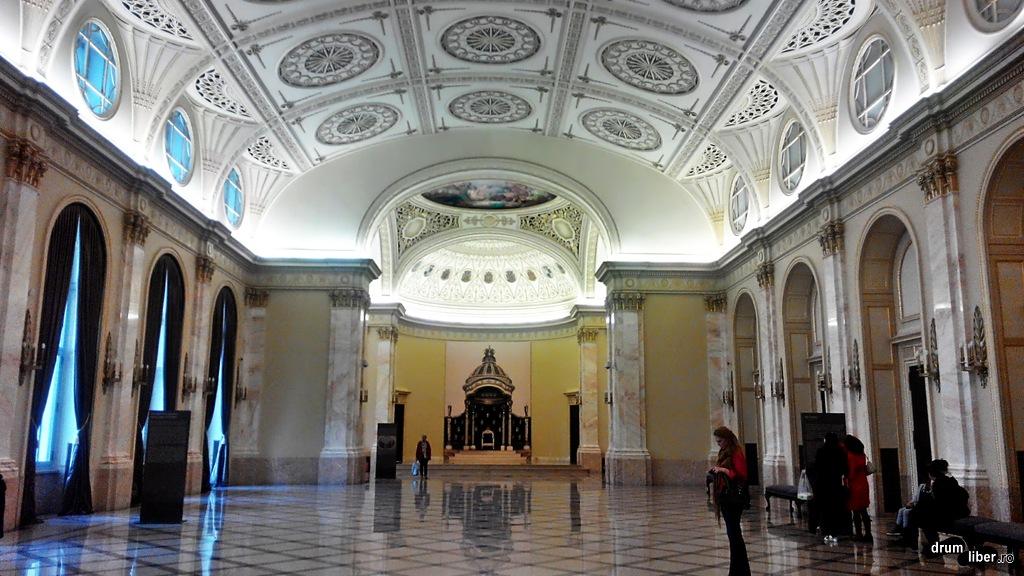 Sala Tronului din Palatul Regal